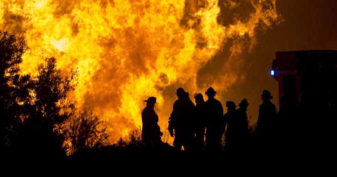 Bushfires in Australia threaten capital -