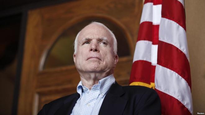 Маккейн призвал Трампа покаяться перед Америкой