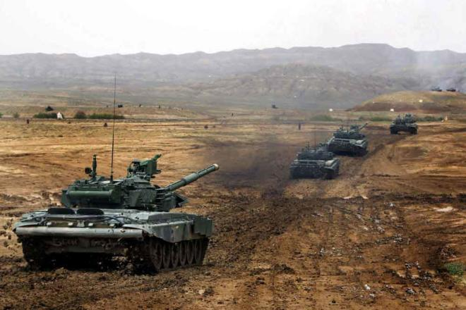 """Баку намного впереди Еревана - рейтинг """"Военной мощи"""""""