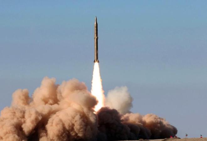 Iran fires numerous ballistic missiles -