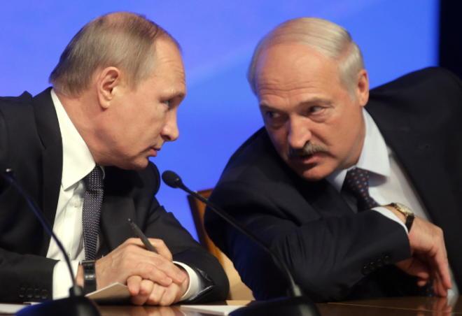 Путин обсудил с Лукашенко деятельность ЕАЭС