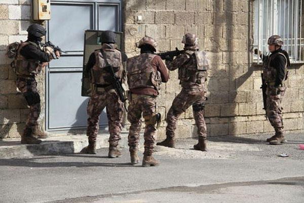 Terror təşkilatı qurbanlarına görə üzr istədi