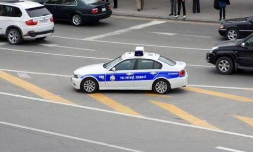 ۲۳ پلیسین زورلا ساخلادیغی آوتوش حبس ائدیلدی - ویدئو