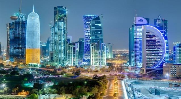 قطر امیری کؤرفز عرب دؤولتلرینین زیروه توپلانتیسینا قاتیلماییب
