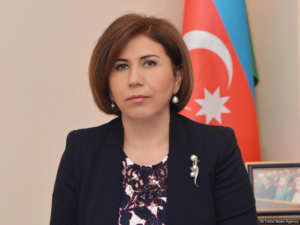 """Bahar Muradova """"əhali kasıb yaşasın"""" deyib? - Video"""