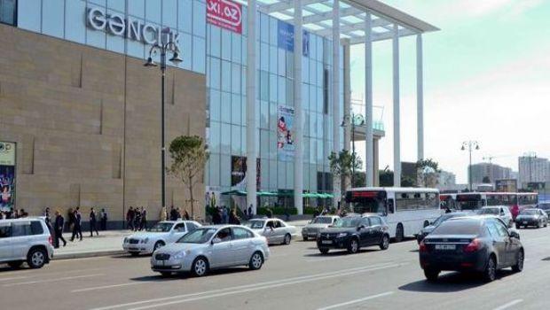 С сегодняшнего дня открываются торговые центры и моллы
