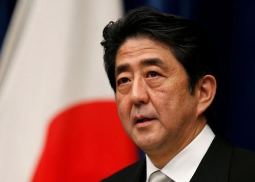 Abe renews pledge to change constituion to boost military