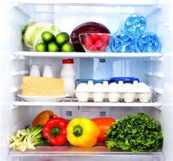 Какие продукты не стоит хранить в морозилке