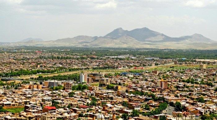 اورمی خانلیغی: بوتون جنوبی آذربایجان خانلیقلارینا حاکمیتینی یایان خان