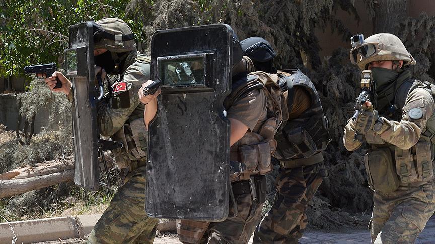 Турецкий спецназ ликвидировал 4 террористов в Сирии
