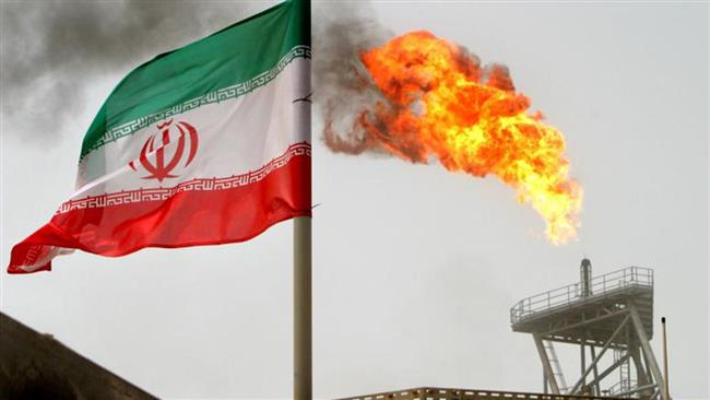 Iran: U.S. fails to halt Iran's oil industry development