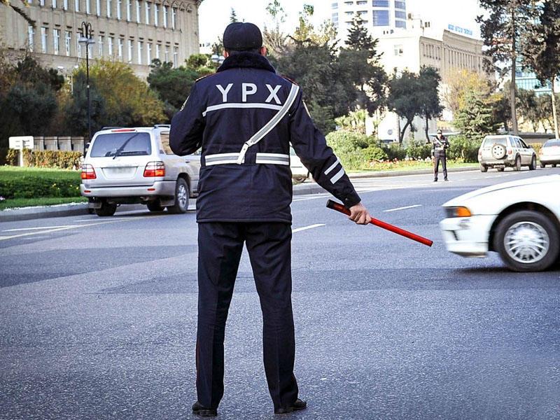 В Баку перекрыты некоторые дороги