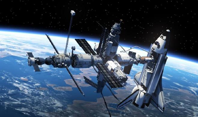 NASA live feed cuts as 6 UFOs fly by ISS - Video