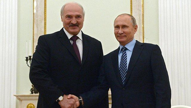 Putin Lukaşenkonu təbrik etdi