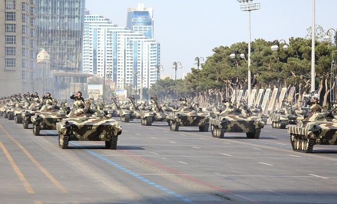 آذربایجان بئلاروسدان ۱۷۰ میلیونلوق سلاح آلدی