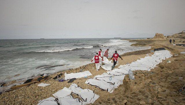 دنیز ساحلی اینسان جسدلری ایله دولدو - فوتو