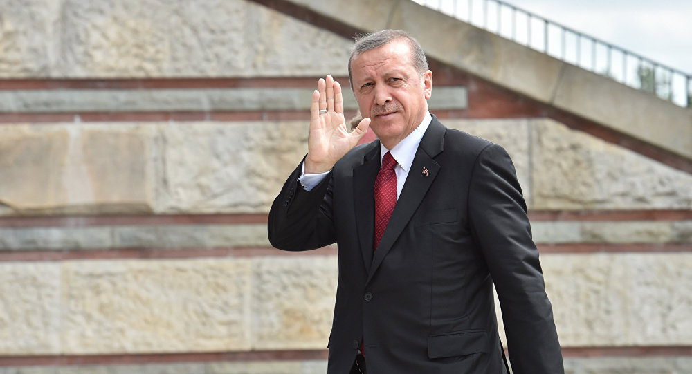 اردوغان پولشایا گئتدی