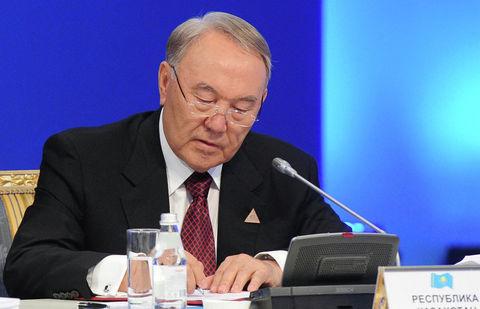 Назарбаев положил конец кириллице