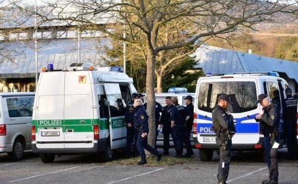 Almaniyada 10 konteyner maska oğurlandı