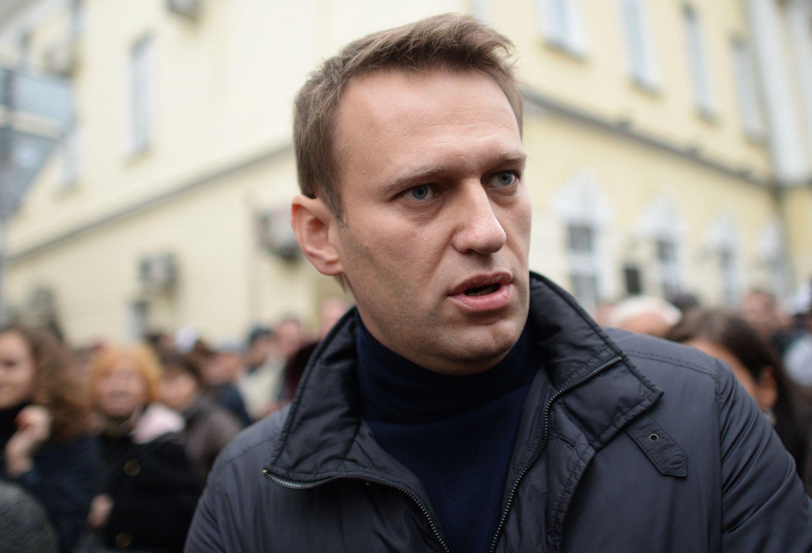 Навальный тоже позвал народ на улицы