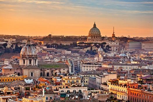 İtaliyada 25 əsrlik liman tapıldı