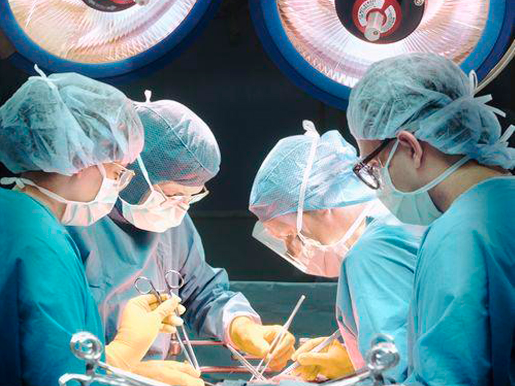 «Трехголовый» младенец озадачил врачей - Фото