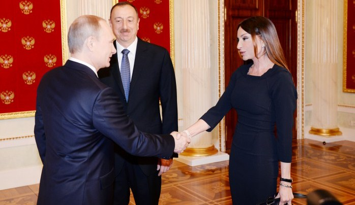 Путин может лично вручить орден Мехрибан Алиевой