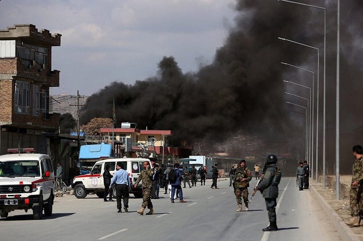 48 человек погибли при взрыве в Кабуле - Обновлено