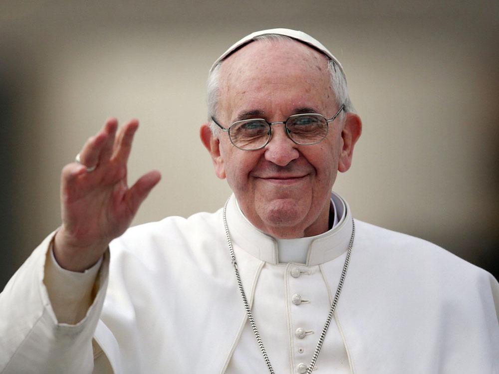 Папа Римский выпустил книгу