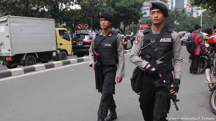 ایندونزییادا سسلر ساییلدی: پایتخت آیاغا قالخدی