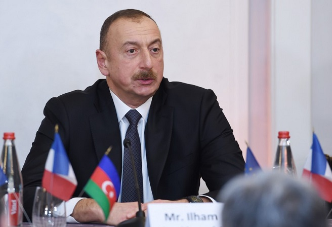 Ilham Aliyev offers condolences to Mexican counterpart