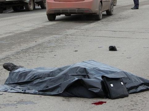 Bakıda sürücü piyadanı vuraraq öldürdü