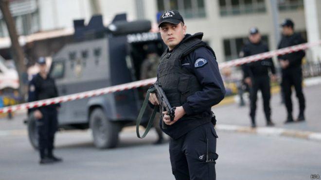 پ کاکا-چی تورک پلیسلری بلغاریستانا قاچیرماق ایستدی
