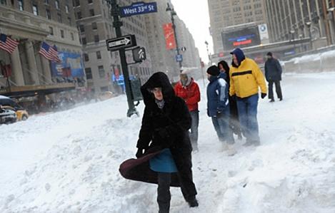 В США три человека погибли из-за снегопада