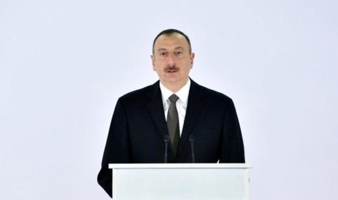 Ilham Aliyev amends order on increasing salary of teachers