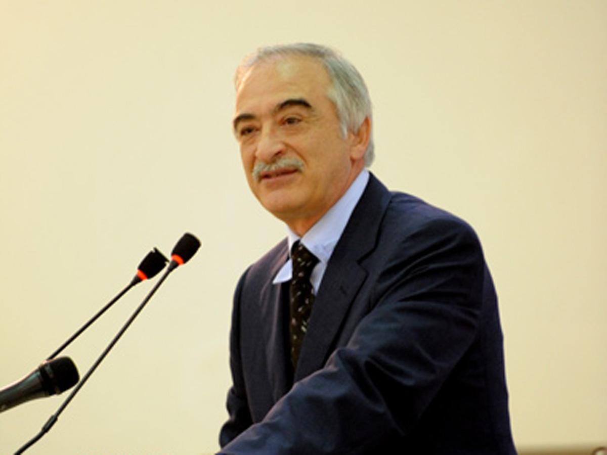 Atam səsi ilə vuruşurdu - Polad Bülbüloğlu