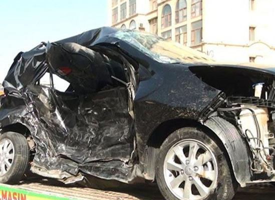 Azərbaycanda ərəbləri daşıyan avtomobil aşdı: 3 yaralı