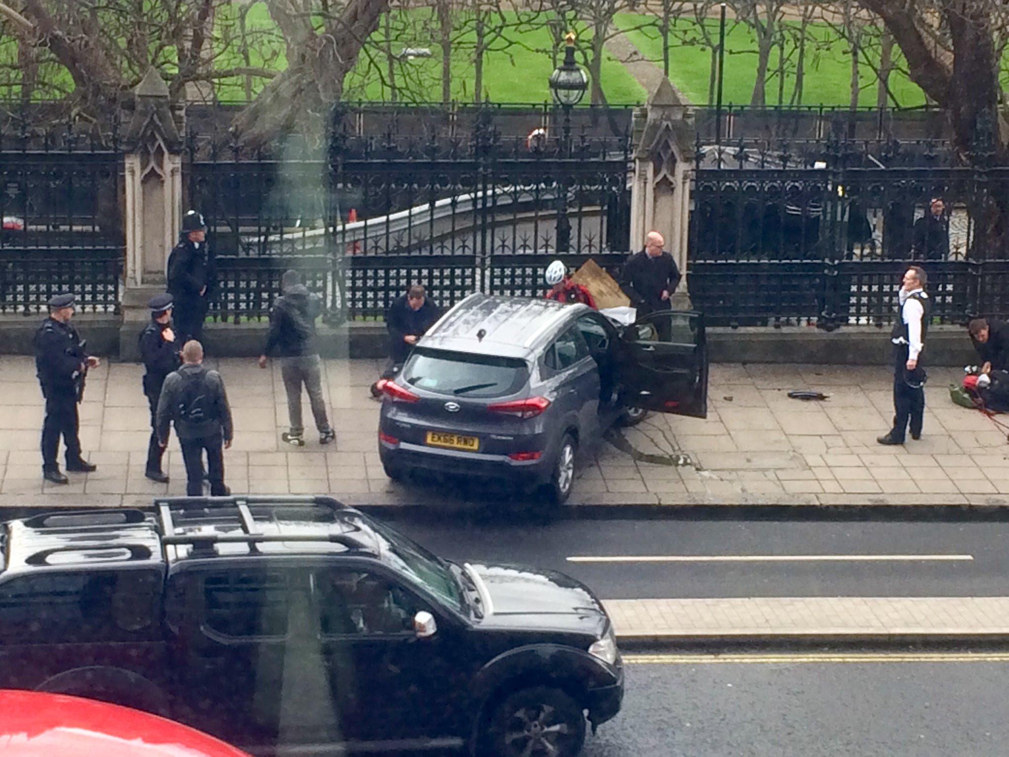 Britaniyada qanlı terror: