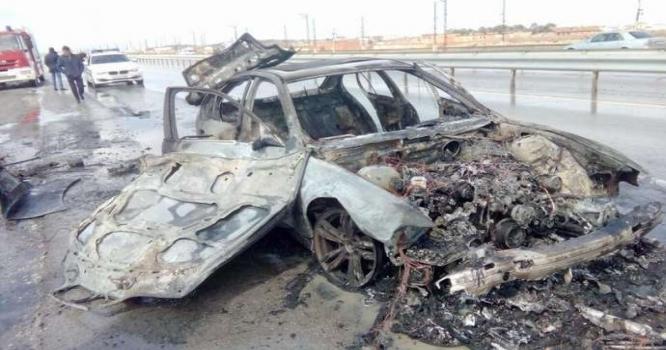 Sumqayıtda idmançının avtomobili belə yandı - Video