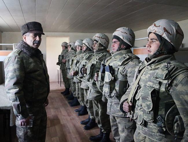 Закир Гасанов на передовой - Фото