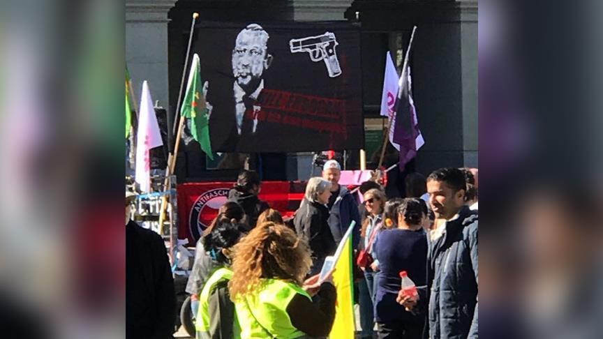 ایسوئچرهده تلیمات: «اردوغانی اؤلدورون...» - فوتو