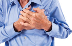 Moderate alcohol consumption reduces heart attack risk