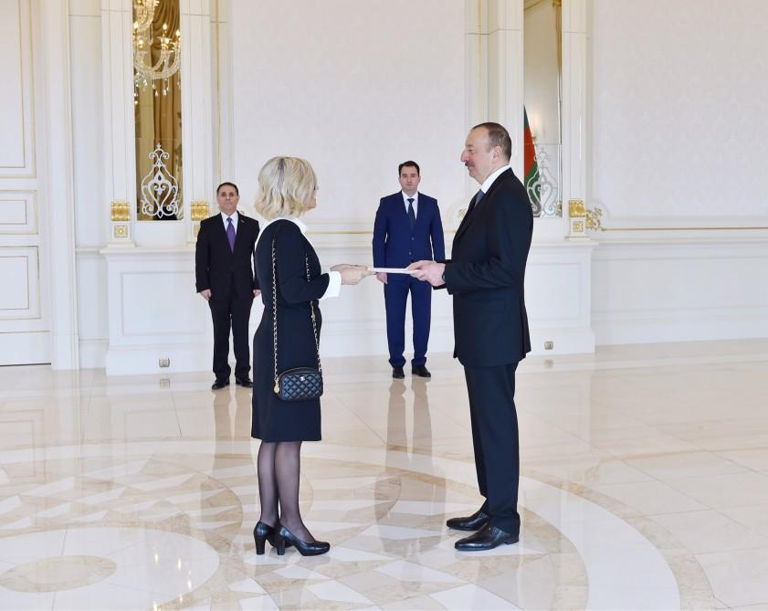 Ilham Aliyev accepted Paula Leal da Silva -
