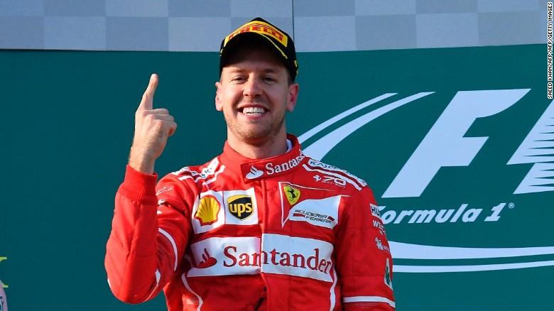 Vettel beats Hamilton in Australian GP