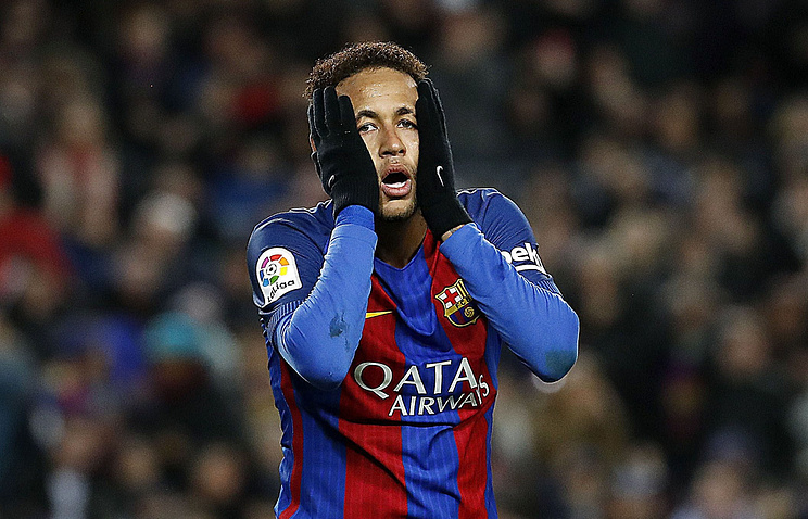 Neymar could be back on Sunday, says PSG coach