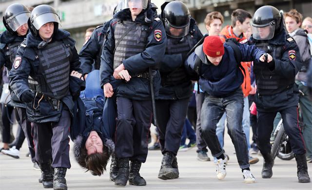 Ruslar Teleqrama görə ayağa qalxır: Bərpa edin!