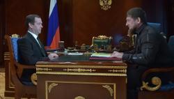Медведев встретился с Кадыровым