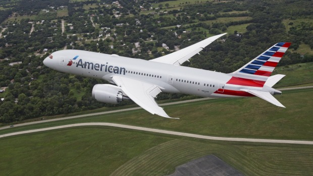 Пилот American Airlines умер во время полёта