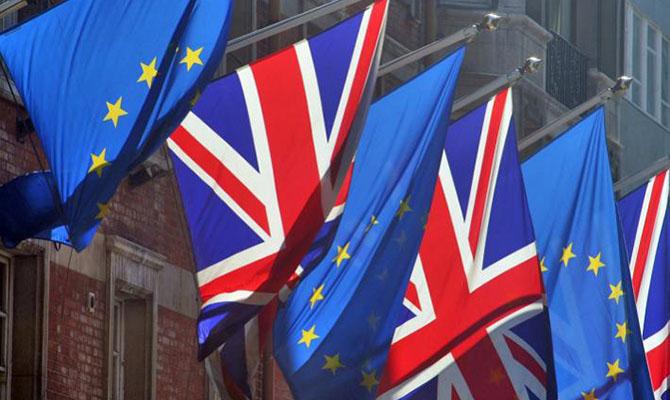 ЕС продолжает переговоры с Британией по Brexit