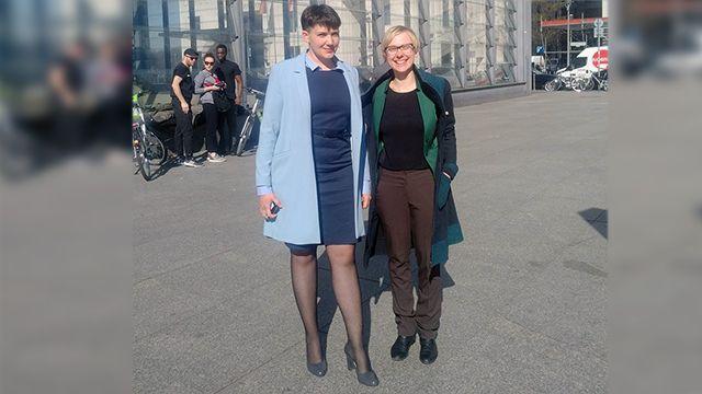 Савченко надежда в платье
